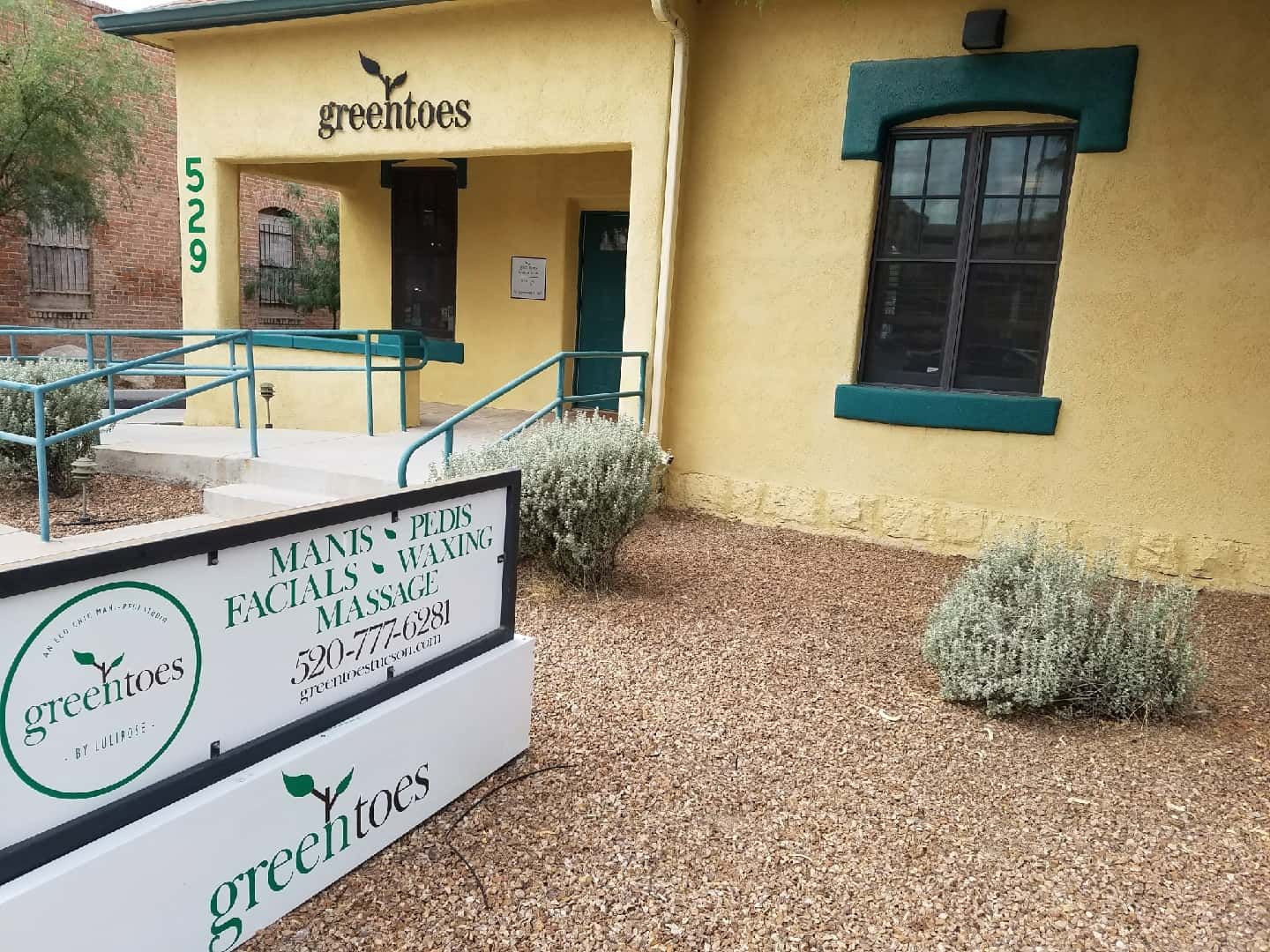 Greentoes: Mani Pedi Studio, Tucson Day Spa, Nail Salon, Massage